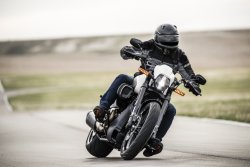 NEW HARLEY-DAVIDSON FXDR 114 POURS ON PERFORMANCE A Dynamic Power Cruiser Combines Milwaukee-Eight Muscle  with Weight-Saving Aluminum and Composite Components